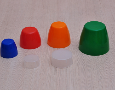 Caps, Inner Plugs & Measurement Cups